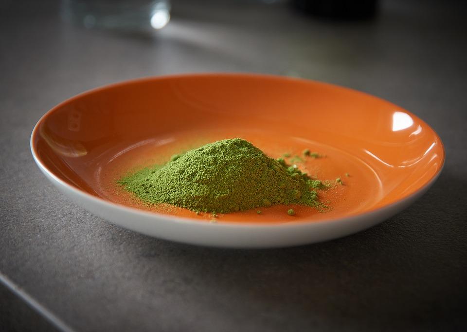Moringa oleifera polvere
